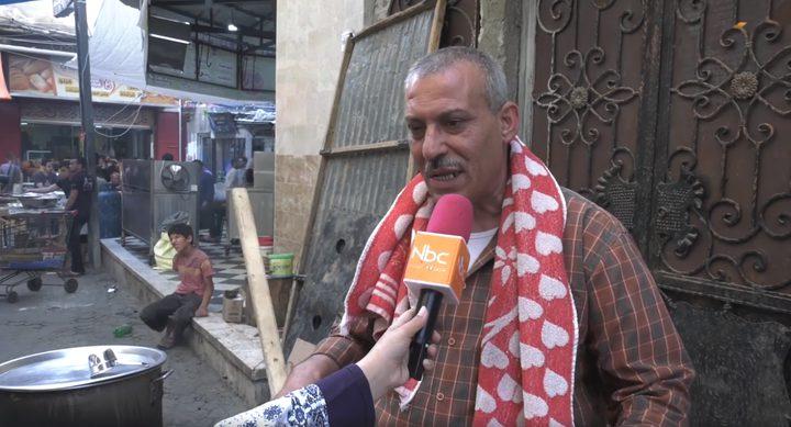 الحاج أبو الوليد الحطاب يصر على إكمال مشوار مبادرته لإطعام جيرانه