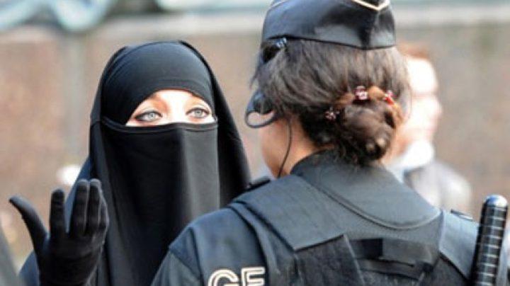 الدنمارك تمنع ارتداء النقاب في الاماكن العامة
