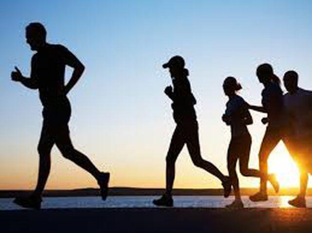 من هي الفئة العمرية الأكثر إستفادة من المشي السريع؟