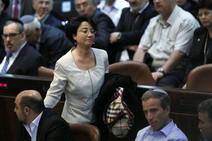 أعضاء بالكنيست الإسرائيلي يوقعون على عريضة لطرد حنين زعبي