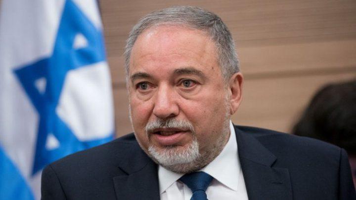 """ليبرمان: لن نقبل تحول """"الطائرات الحارقة"""" من غزة إلى شيء روتيني"""