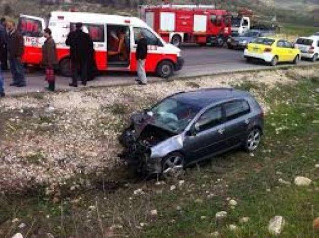 إصابتان بحادث سير غرب جنين