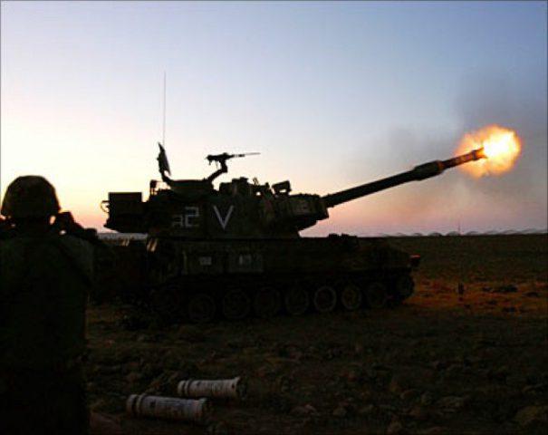 اصابة مواطنين بنيران مدفعية الاحتلال شمال القطاع