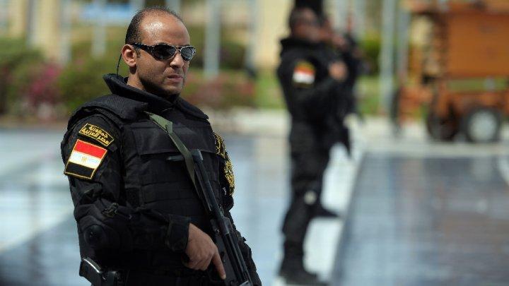 الأمن المصري: قتلنا مسلحا خطيرا وضبطنا خلية لزرع العبوات