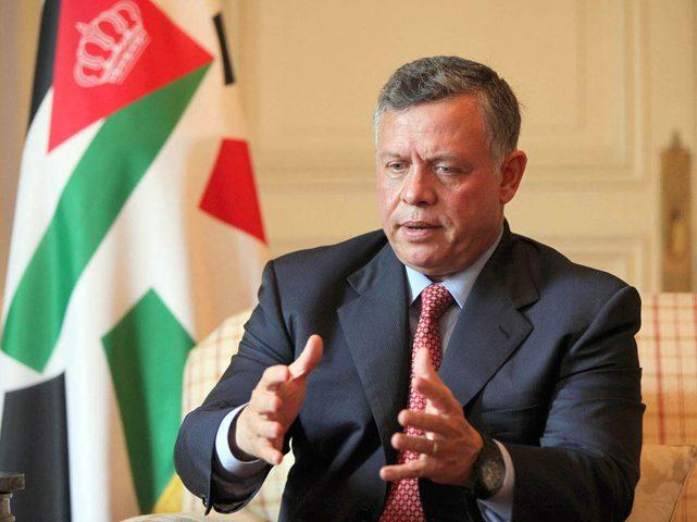 """العاهل الأردني يدعو إلى """"مراجعة شاملة"""" لقانون ضريبة الدخل على خلفية الاحتجاجات الشعبية"""