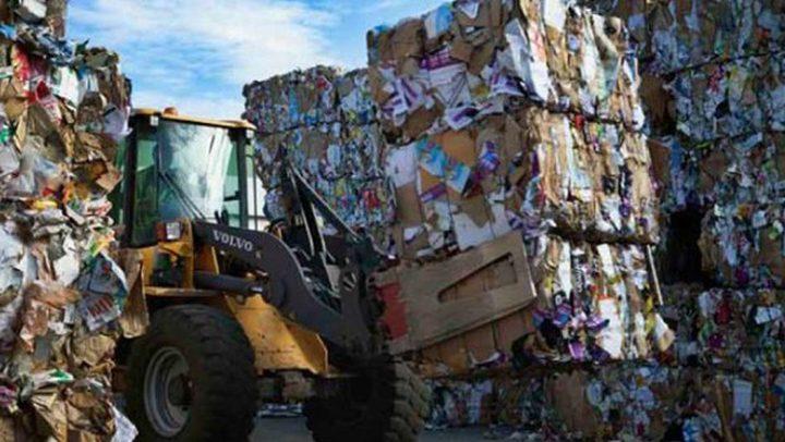 حرصاً على نظافة المدينة... بلدية نابلس تخصص أياماً محددة لجمع النفايات ذات الاحجام الكبيرة