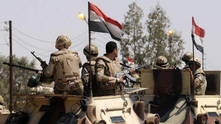 """رئيس الأركان المصري يبحث مع قبائل سيناء """"دورهم في استعادة الأمن"""""""