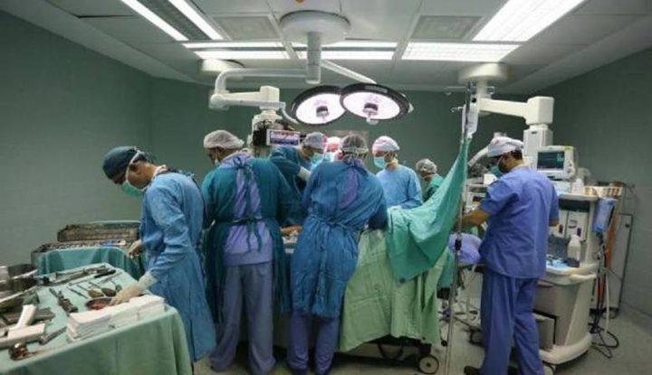 """""""وقائي جنين"""" يسلم أجهزة تكييف لـ""""المحطة الجراحية الأردنية 122"""""""