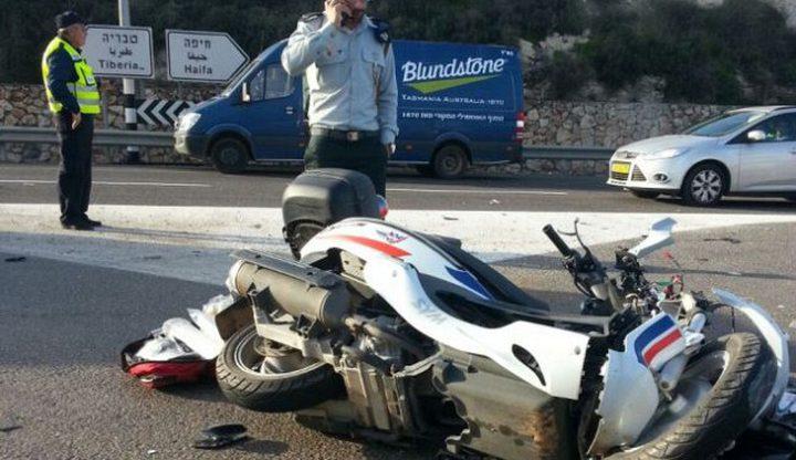 إصابة سائق دراجة نارية بجروح خطيرة بحادث سير