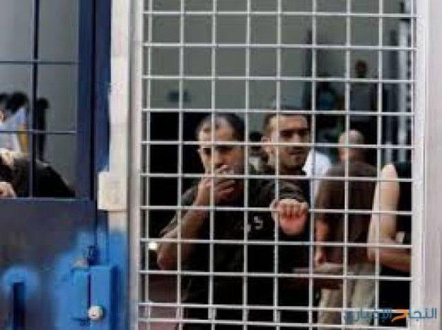 الاحتلال يحكم على أسير  بالسجن لمدة 16 شهراً