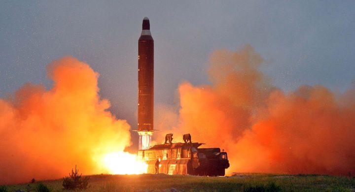 """كلينتون: """"كنت أستطيع إنهاء برنامج كوريا الشمالية الصاروخي لولا ياسر عرفات""""!"""
