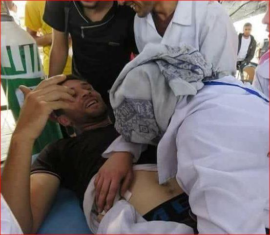 طبيبة تقدم الإسعافات لمصاب شرق غزة فتتفاجأ بأنه زوجها