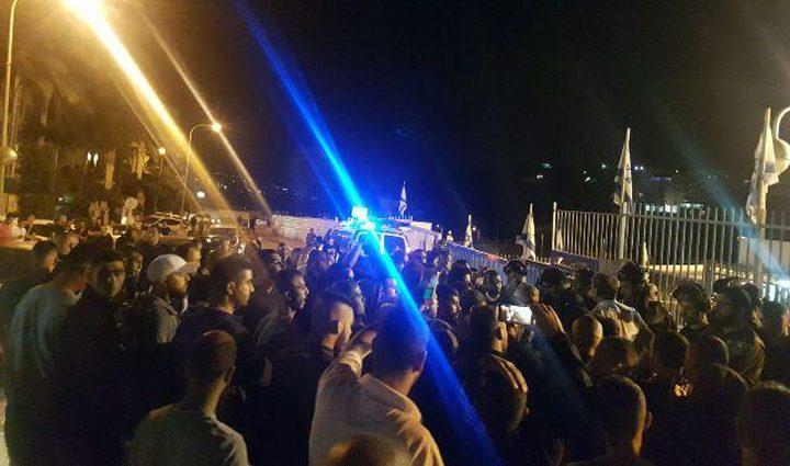 """شرطة الاحتلال تعتقل عضو مجلس حركة """"أبناء البلد"""" في أم الفحم"""