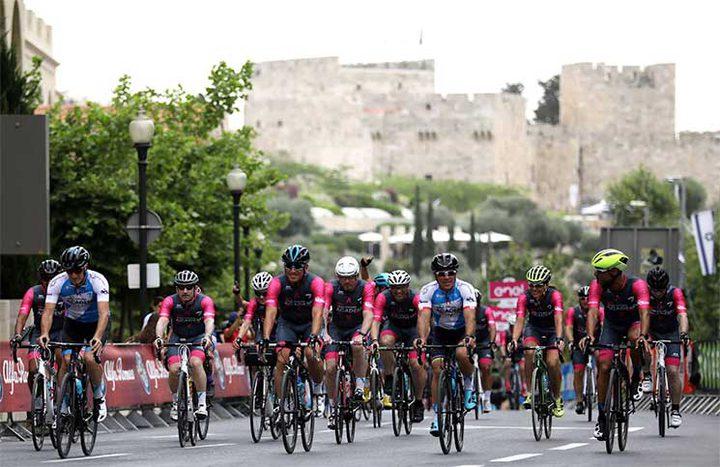 """""""الدراجون"""" يستنكرون مشاركة فلسطين في سباق """"تطبيعي"""""""