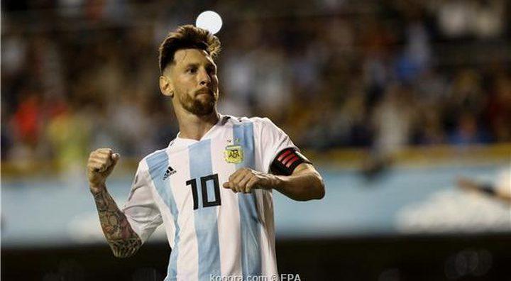ميسي: الأرجنتين ليست مرشحة للقب المونديال