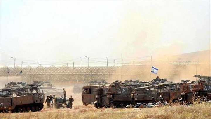 """قوات الاحتلال تنصب بوابات حديدية و""""كونتنرات"""" على أراض جنوب بيت لحم"""