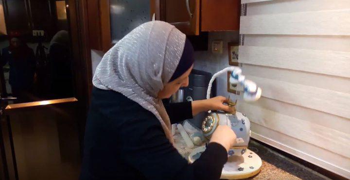 كفاح.. شيف فلسطيني تحيل الحلوى لأشكال ثلاثية الأبعاد (فيديو)