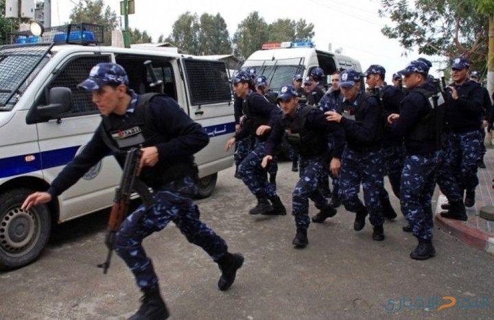 نابلس: الشرطة تفض شجاراً وتلقي القبض على 9 أشخاص