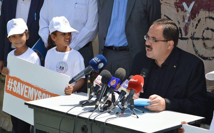 """صيدم يطلق حملة """"احموا مدرستنا"""" في الخان الأحمر"""