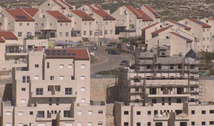 """الوزير المتطرف """"بينيت"""" يزعُم: قريباً ستصبح الضفة الغربية جزءاً من دولة الإحتلال"""