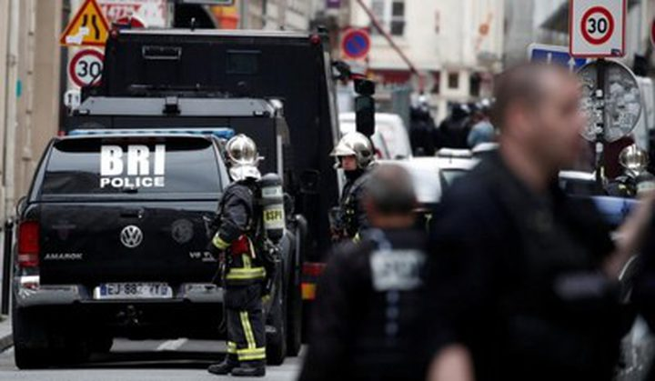 رجل يحتجز رهائن في فرنسا ويطلب الاتصال بالسفارة الإيرانية