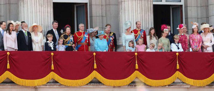 مَن الطفلة التي سرقت الأضواء من طفلي كايت ميدلتون في يوم ميلاد الملكة؟