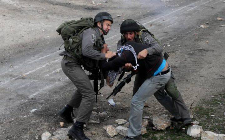 الاحتلال يعتقل شابين من كفر قدوم شرق قلقيلية