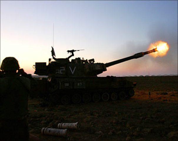مدفعية الاحتلال تستهدف نقطة رصد للمقاومة شمال قطاع غزة