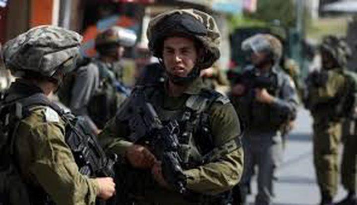الاحتلال يعتقل شابين مقدسيين