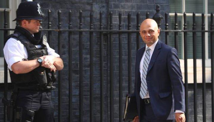 هاتف وزير الداخلية البريطاني في قبضة اللصوص