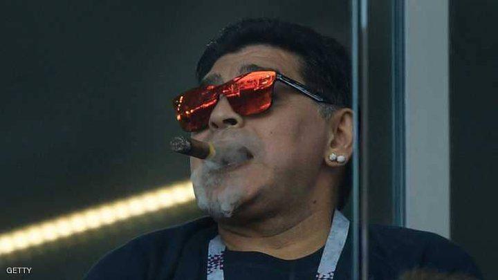 مارادونا يخرق قوانين كأس العالم ثم يعتذر!