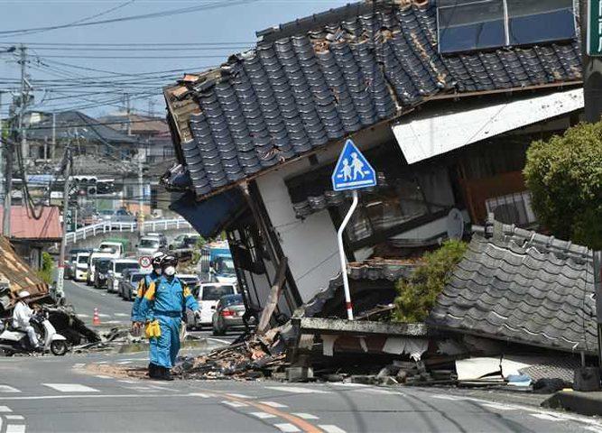 قتيلان على الأقل جراء زلزال قوي ضرب غرب اليابان