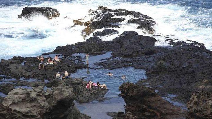 أحجار كريمة تنهمر من سماء هاواي!