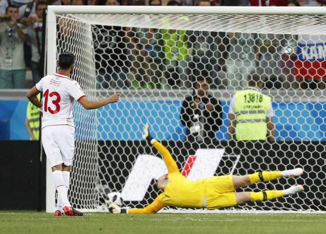 نهاية الشوط الأول..تونس تعادل انكلترا وأول هدف عربي في المونديال