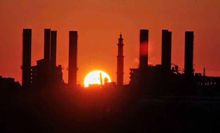 """جدول الكهرباء في غزة الثلاثاء يرتفع لـ """"6"""" ساعات وصل مقابل """"16"""" فصل"""