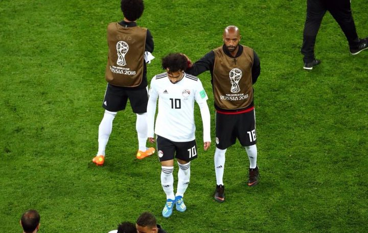 هل ترك محمد صلاح معسكر منتخب مصر بعد الخسارة أمام روسيا؟