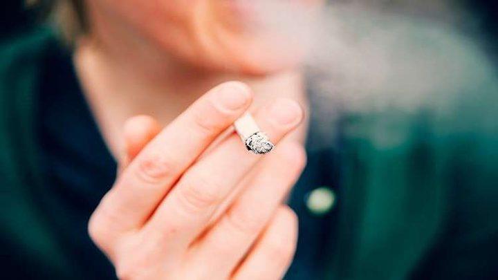 التدخين يسبب مرضا عقليا خطيرا!