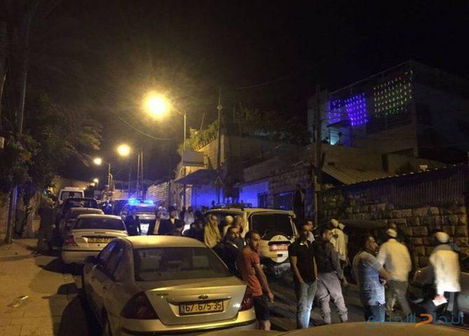 مستوطنون يرشقون مركبات المواطنين بالحجارة جنوب نابلس