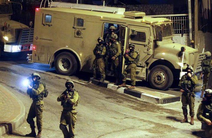 الاحتلال يشن حملة اعتقالات ومداهمات