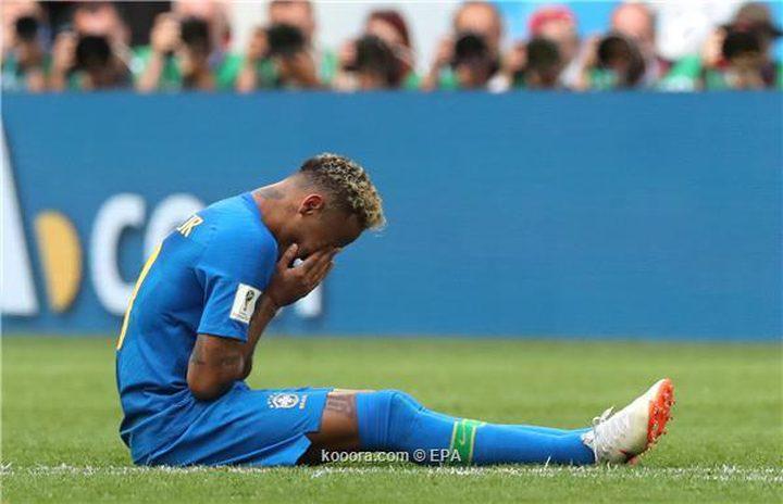 نيمار يجهش بالبكاء عقب تخطي عقبة كوستاريكا