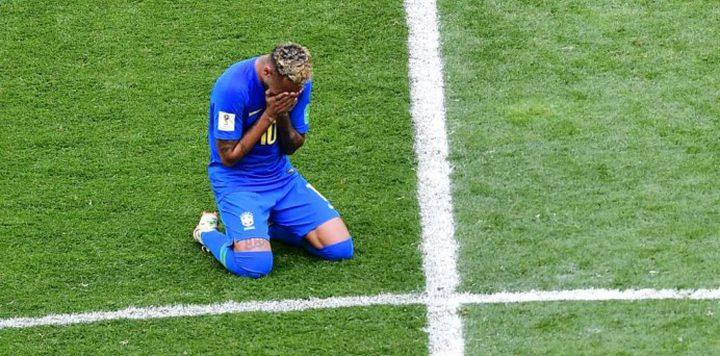 """""""دموع نيمار المبكرة"""" توقف قلوب البرازيليين"""