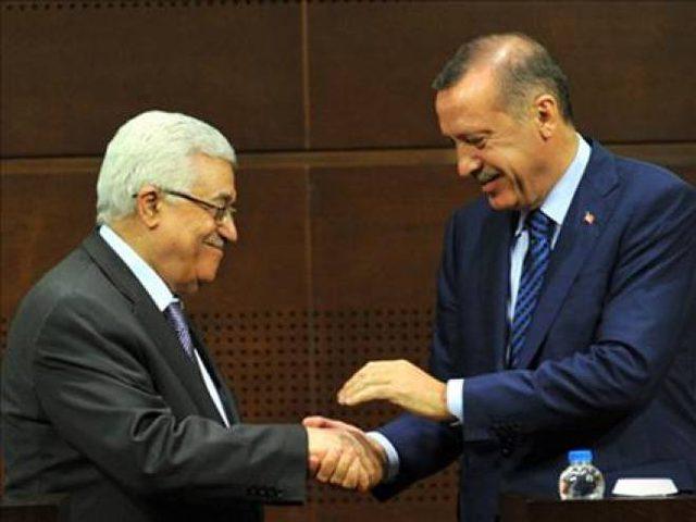 الرئيس يهنئ أردوغان بنجاح العملية الديمقراطية وفوزه بالانتخابات الرئاسية