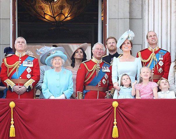 كايت ميدلتون تخرق البروتوكول الملكي