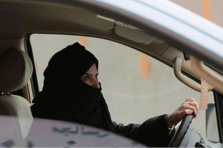 120 ألف سعودية تقدمن لحيازة رخص القيادة