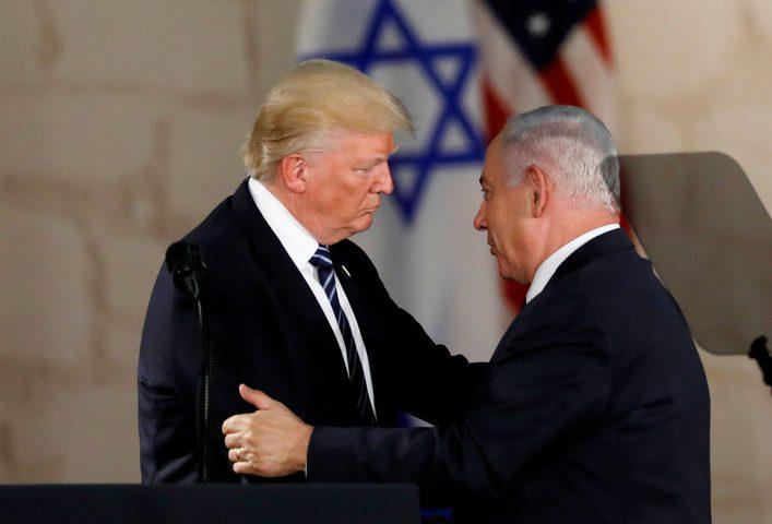 """""""هآرتس"""": تفاصيل خطة ترامب لا تستوفي الحد الأدنى من الشروط الفلسطينية"""