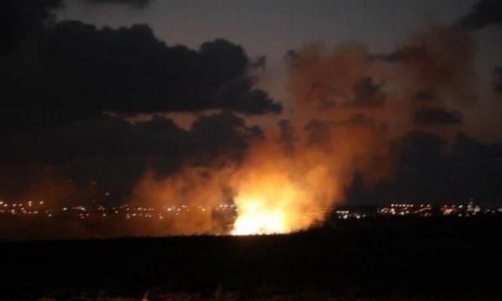 طائرات الاحتلال تستهدف سيارة مدنية وسط مخيم النصيرات