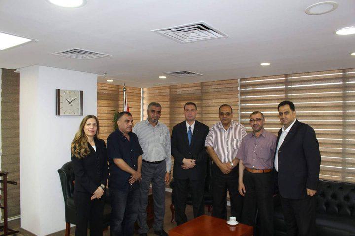 لقاء فلسطيني في القاهرة لبحث ترتيبات سفر حجاج غزة