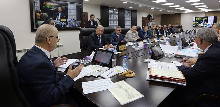 حكومة الوفاق تحذر: الإدارة الامريكية ترتب صفقة مالية لغزة وصفقة القرن خدعة