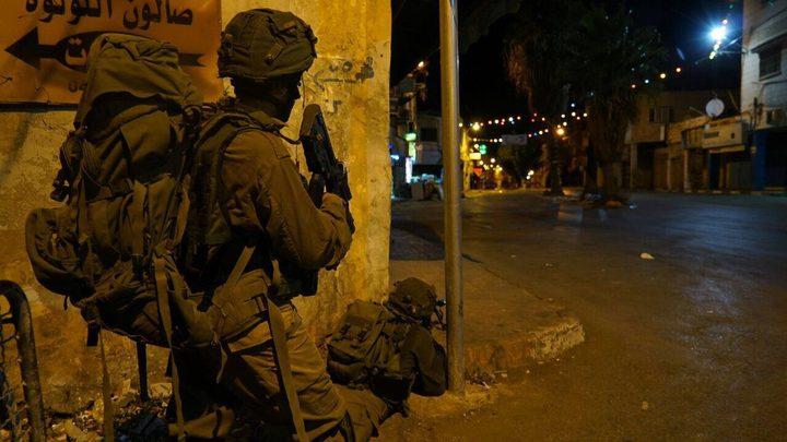 """إصابة جندي إسرائيلي أثناء تمشيط محيط مستوطنة """"كريات أربع"""""""