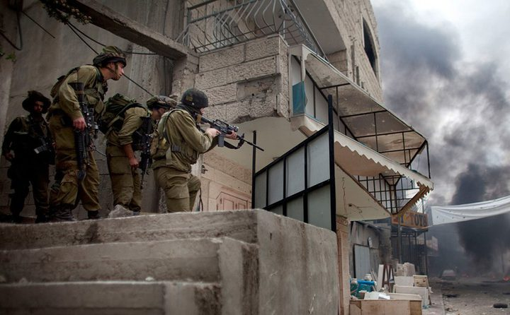 الاحتلال يقتحم بيت مواطن من خربة حمصة التحتا في الأغوار